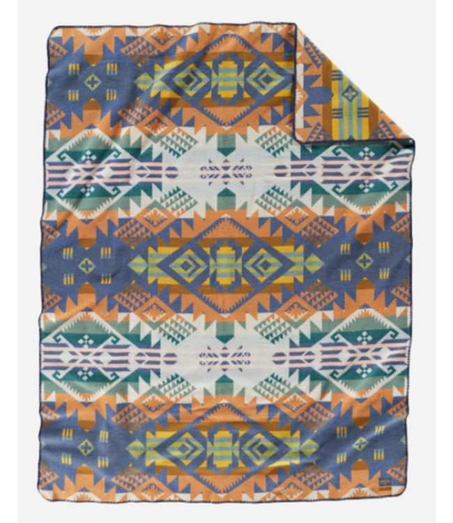 Pendleton Journey West Craftsman Collection Blanket: Robe