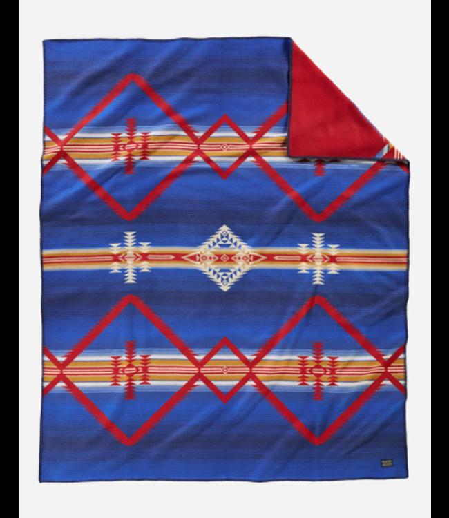 Pendleton Alta Lakes Blanket: Robe