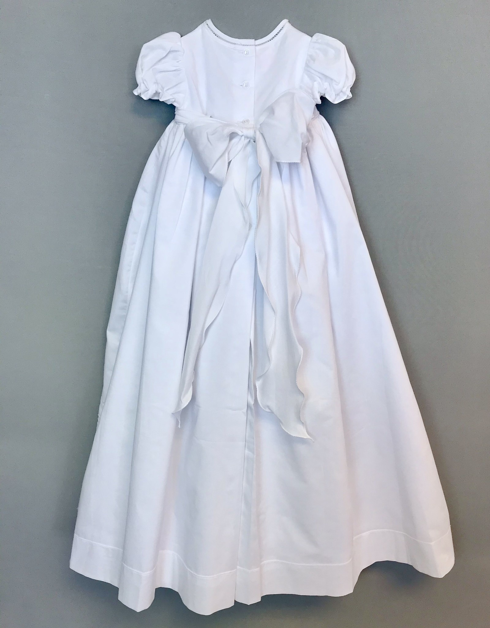 Willbeth White Embroidered Flowers Gown 3m