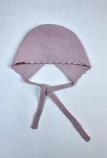 Martin Aranda Bonnet knit with scallop edge