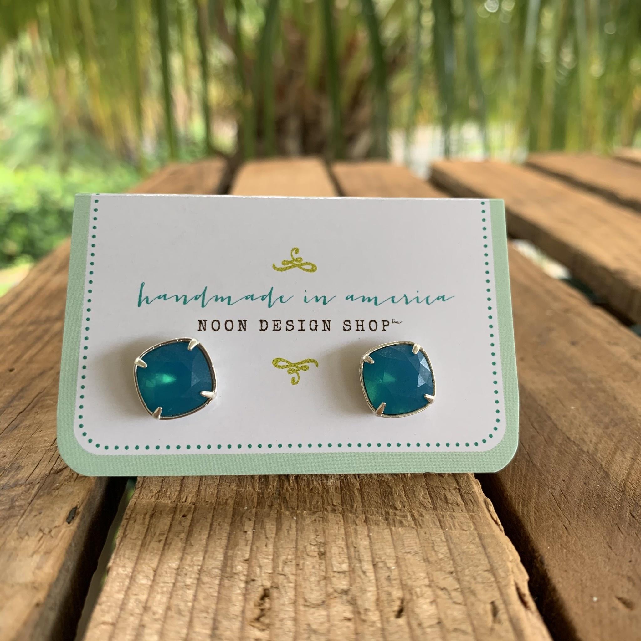 Island Jewelry Nouveau Swarovski Stud Earrings