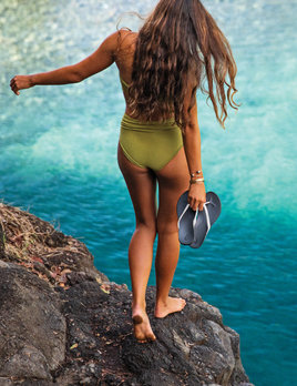 OLUKAI Olukai Women's Ho'opio Beach Sandal