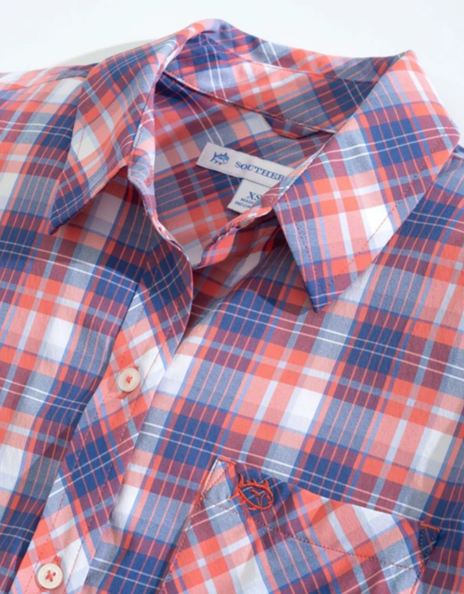 SOUTHERN TIDE EMERY BUTTON FRONT