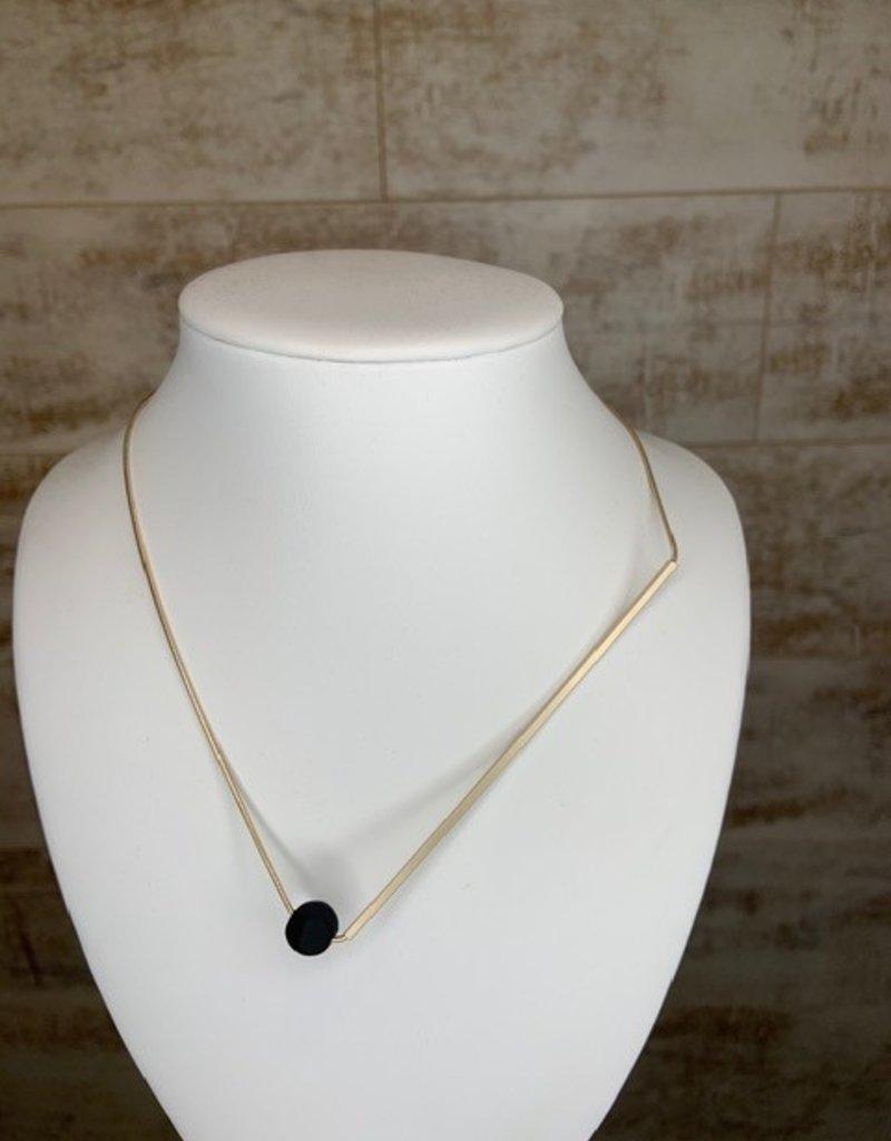 Pursuits Pursuits short gold necklace w black ball
