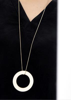 Pursuits Compass Long necklace