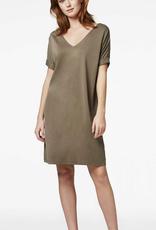 Simple Simple Dili Dress