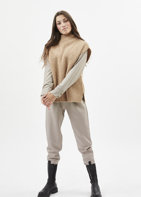 Minimum Valenciana Turtleneck