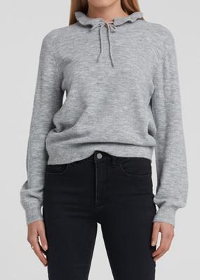 YaYa Sweater with ruffled neck