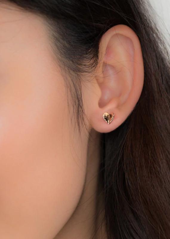 JJ+RR Folded Heart Earring