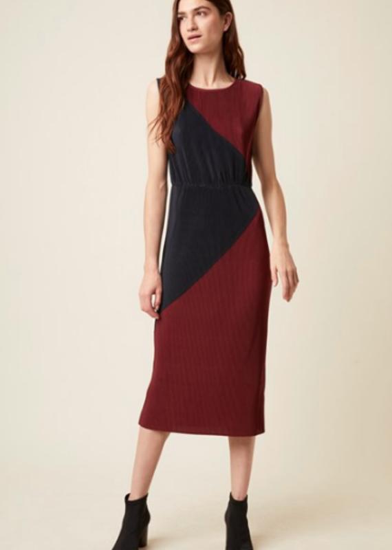 Great Plains Aria Pleat slvls dress