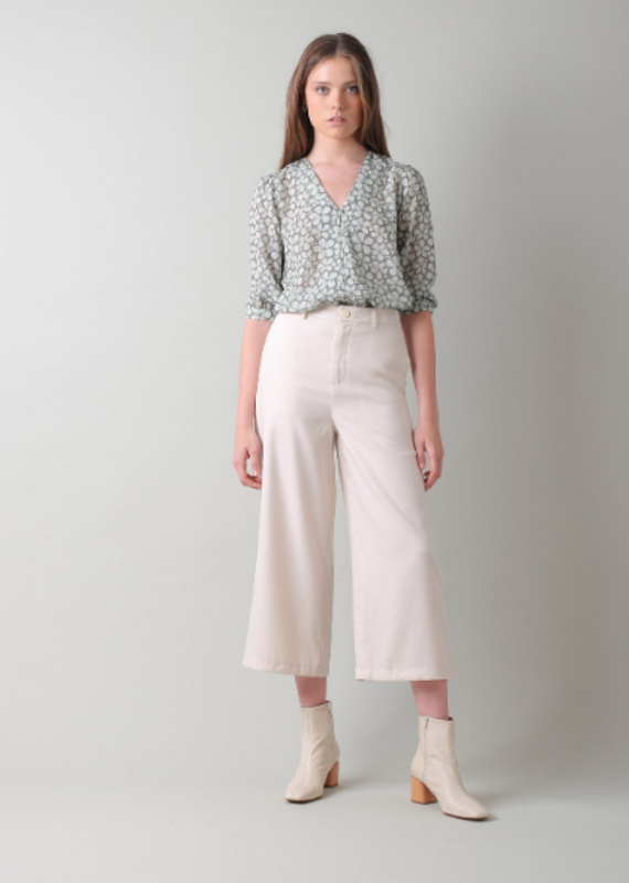 Indi & Cold Floral blouse