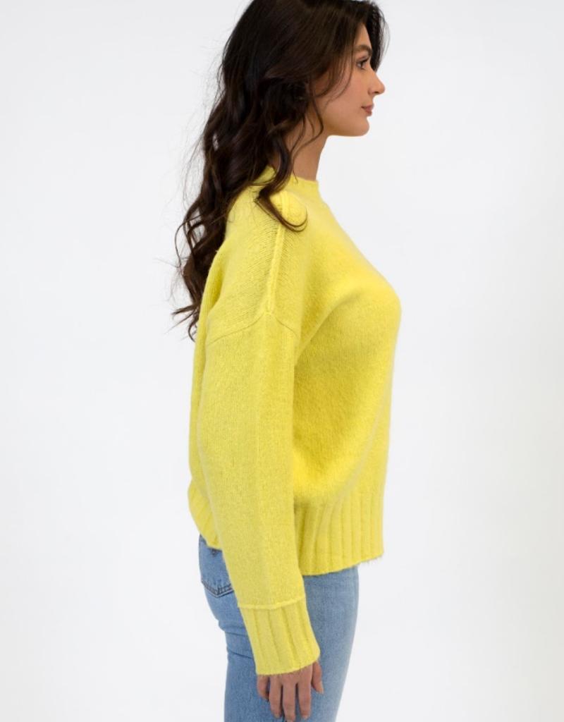 Lyla & Luxe Lyla Tanya sweater