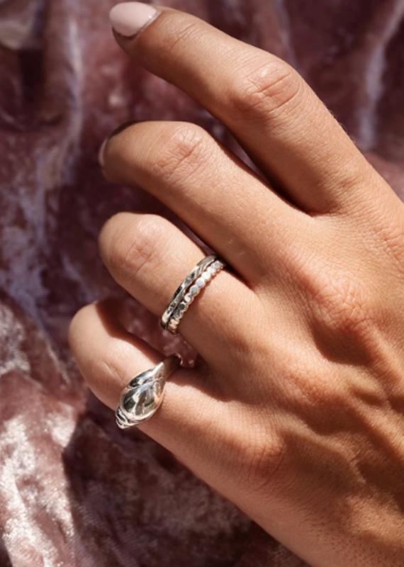 WellDunn Suzy ring