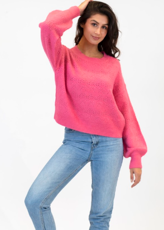 Lyla & Luxe Archer sweater