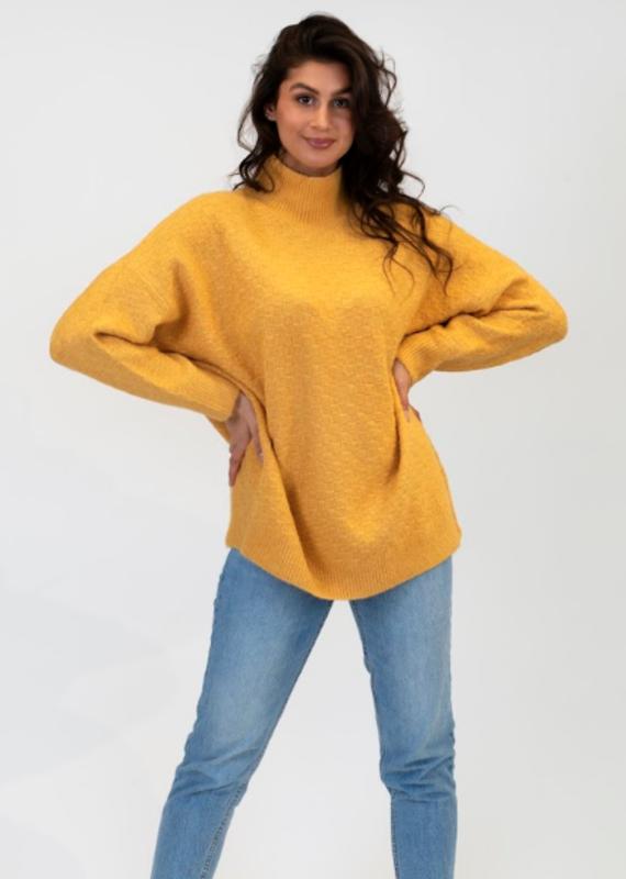 Lyla & Luxe Taylor Sweater