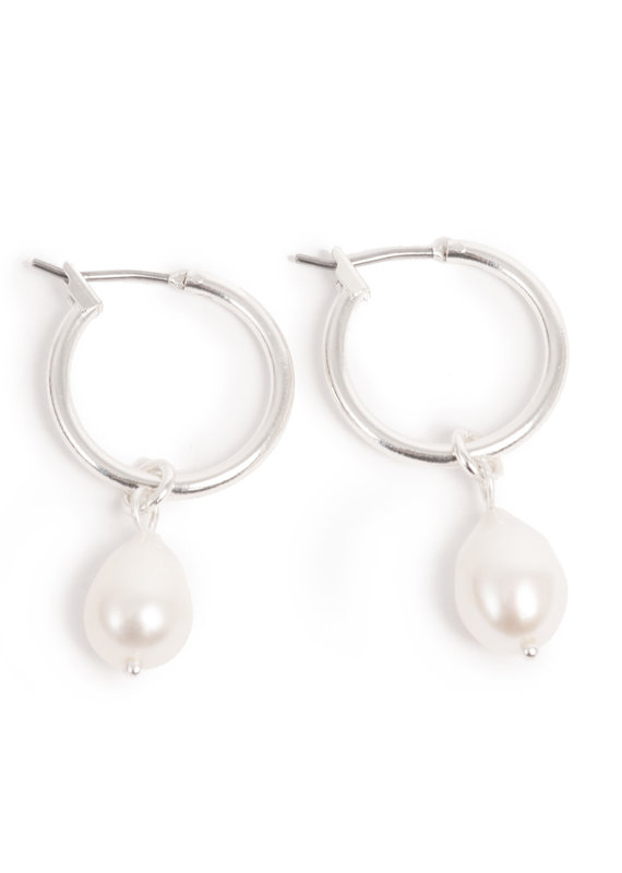 Merx A&C Freshwater Pearl Earrings