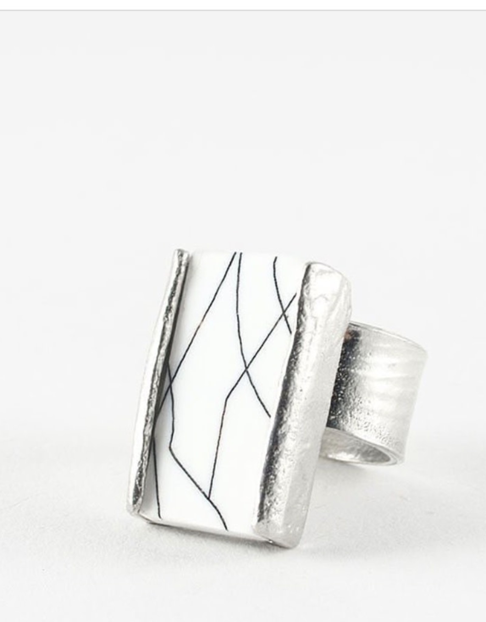 Anne-Marie Chagnon Ring 250287 Prudence
