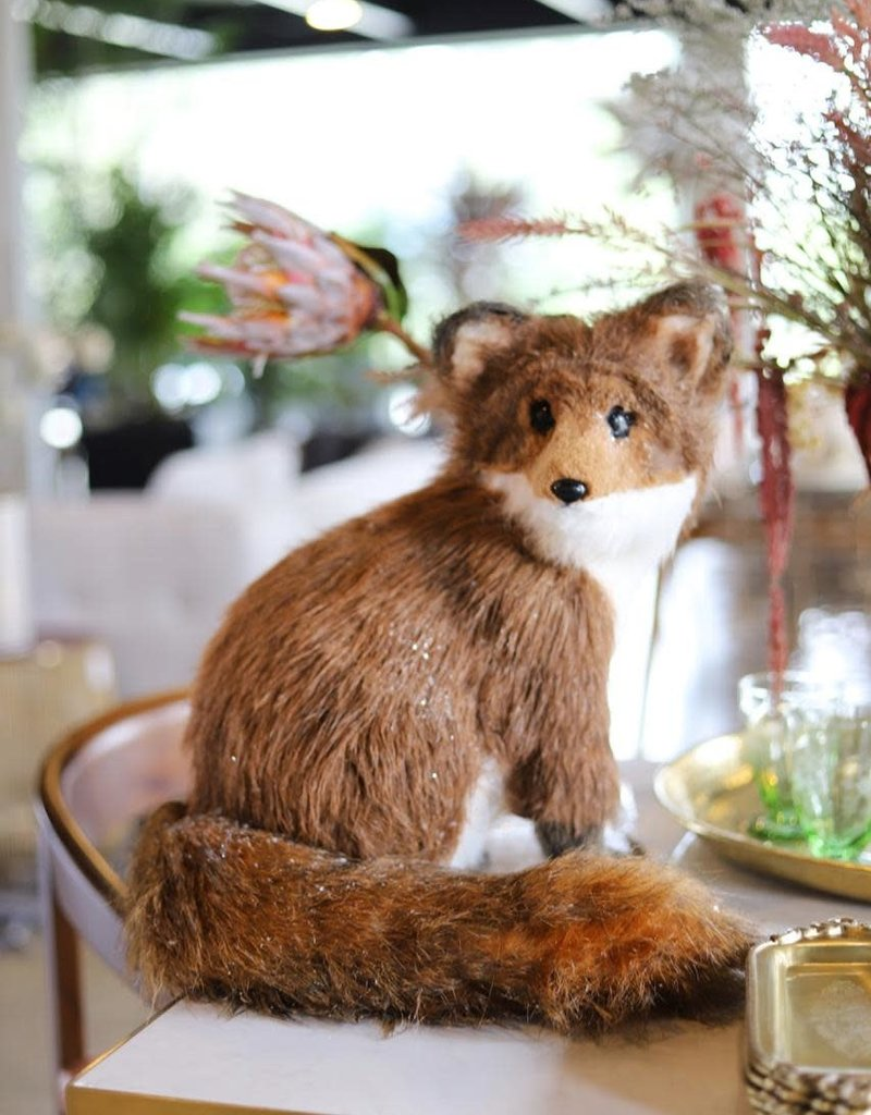 Faux Sitting Fox