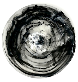 Black Swirl Medium Bowl With Servers