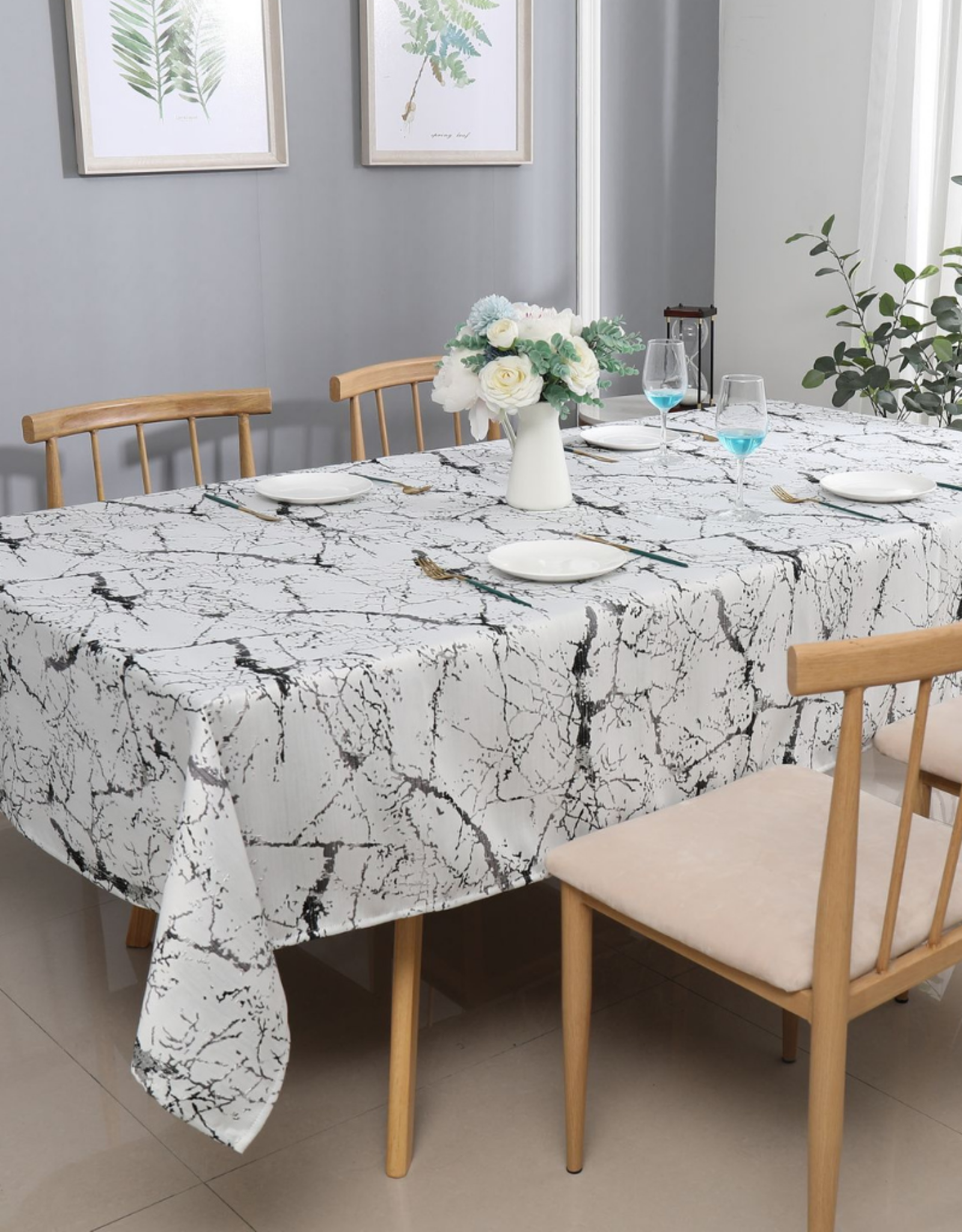 Jacquard Tablecloth Crackled White/Grey/Silver #1220