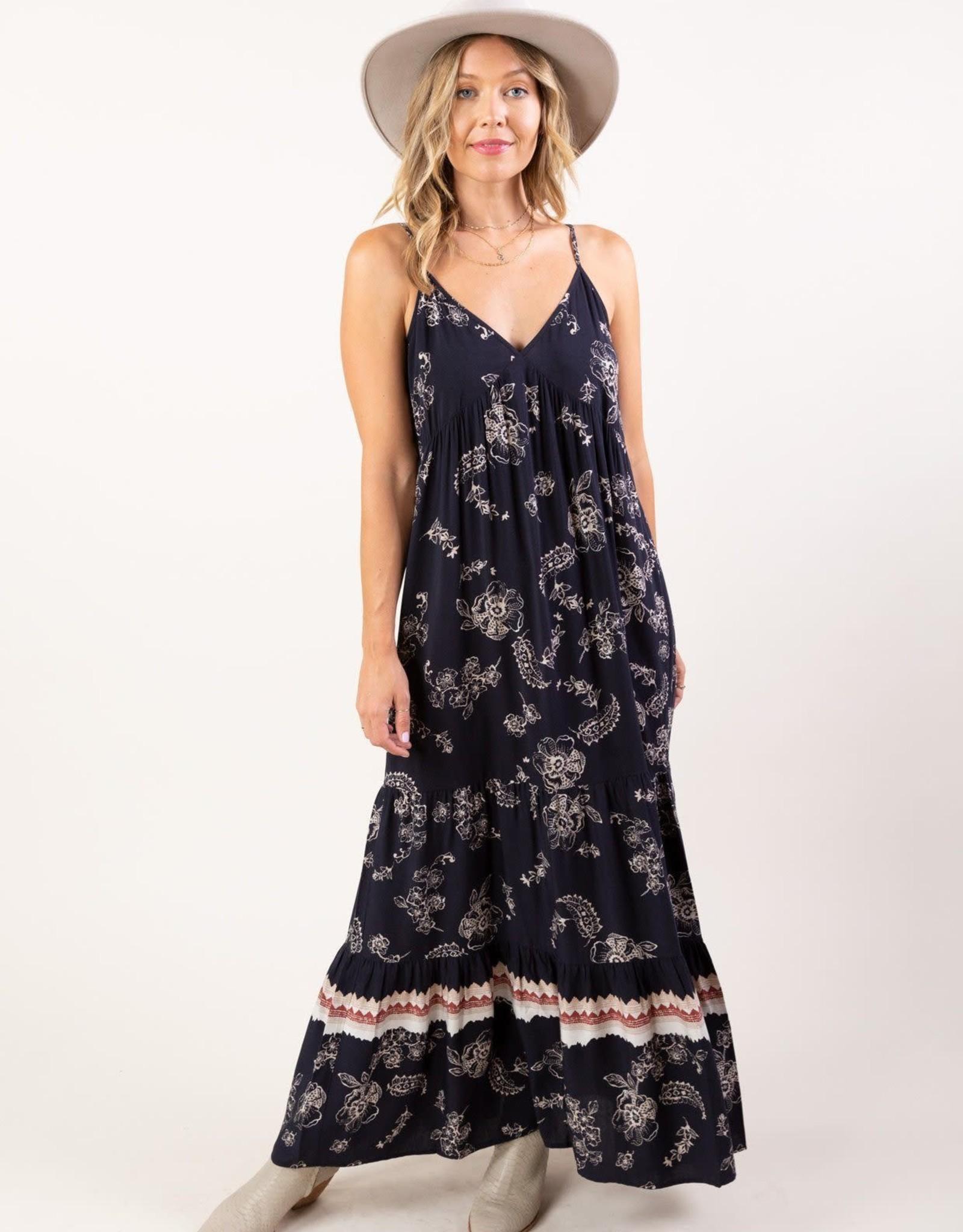 Lovestitch Lovestitch Tiered Maxi Dress