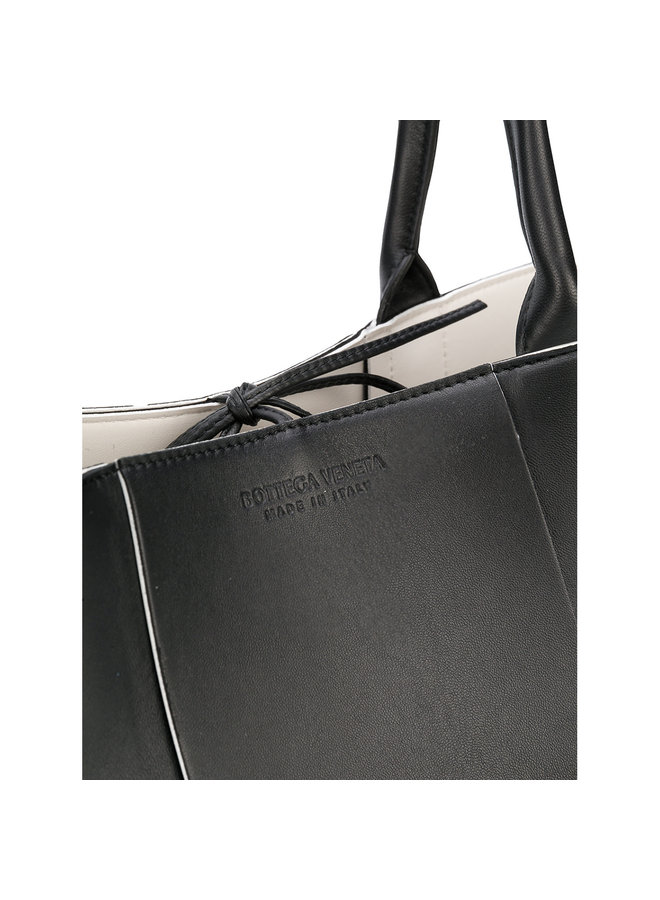 Argo Tote Medium Bag in Intreccio Leather in Black
