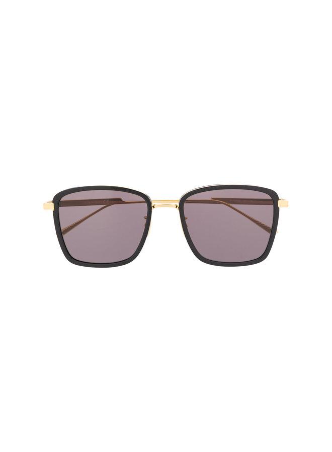 Square Frame Sunglasses in Metal in Black