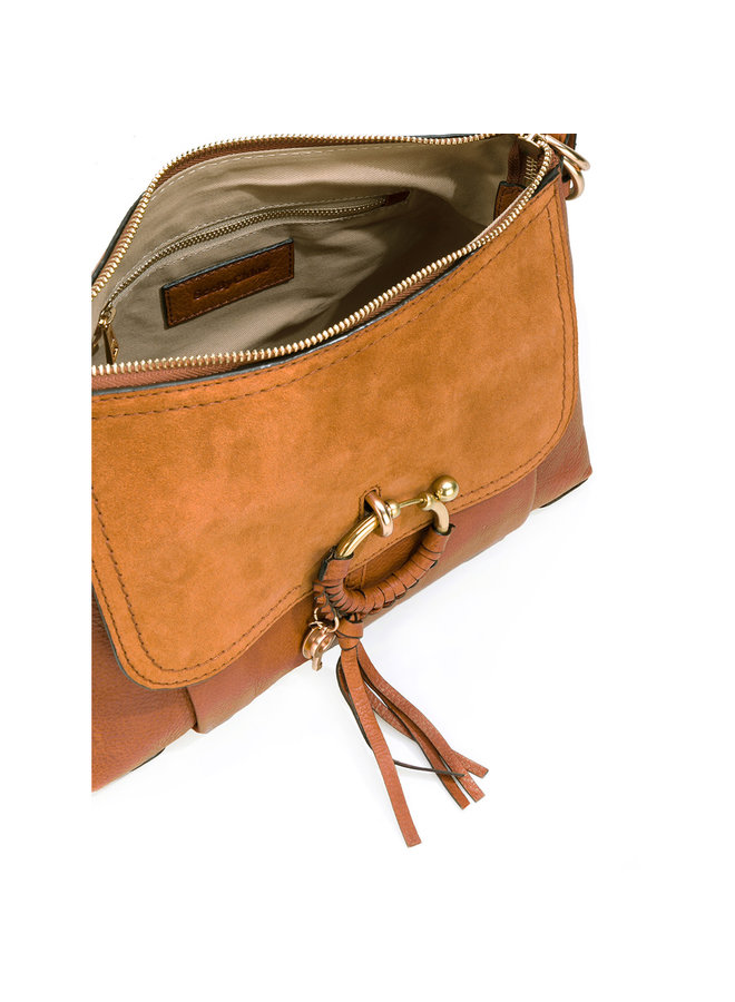 Joan Shoulder Bag in Camel