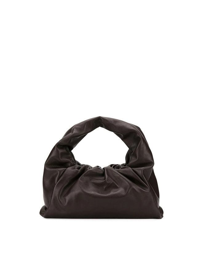 The Shoulder Pouch in Leather in Brown