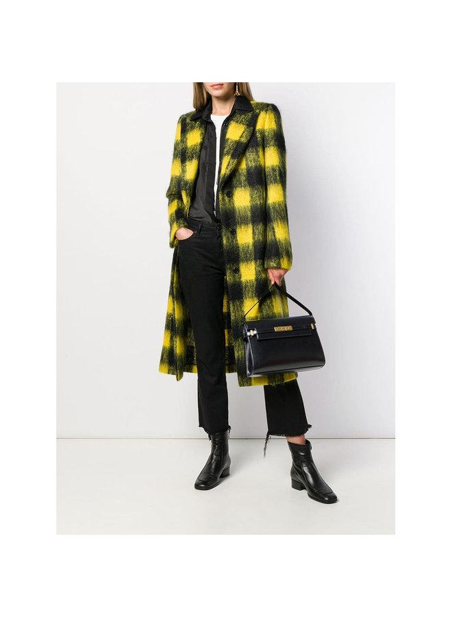 Manhattan Shoulder Bag in Leather in Black