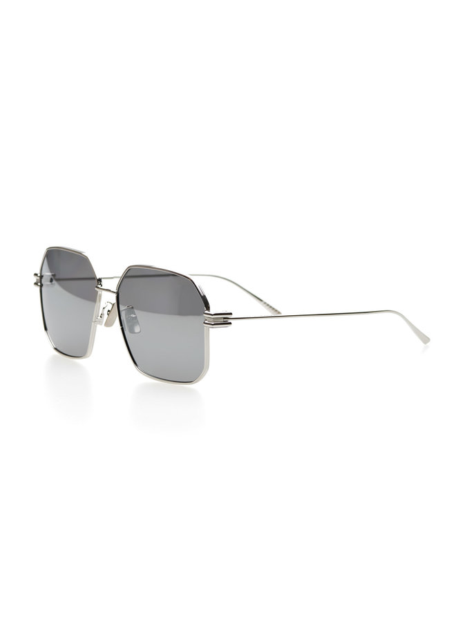 Geometric Frame Sunglasses in Metallic in Silver