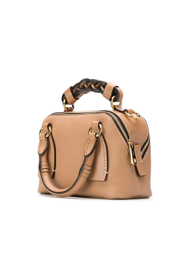 Small Daria Bag in Leather in Cement Brown