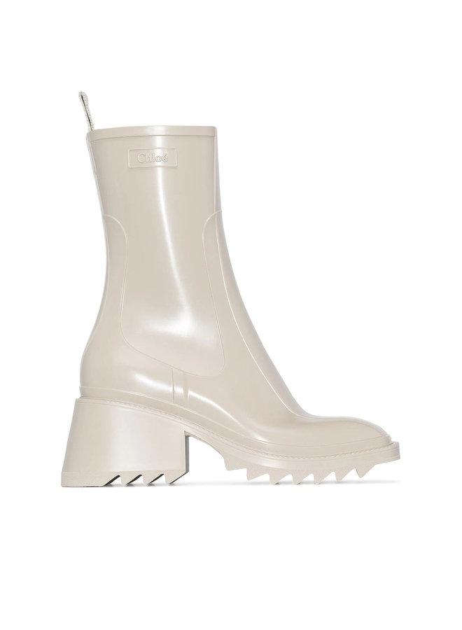 Betty Rain Boots in Rubber in Beige