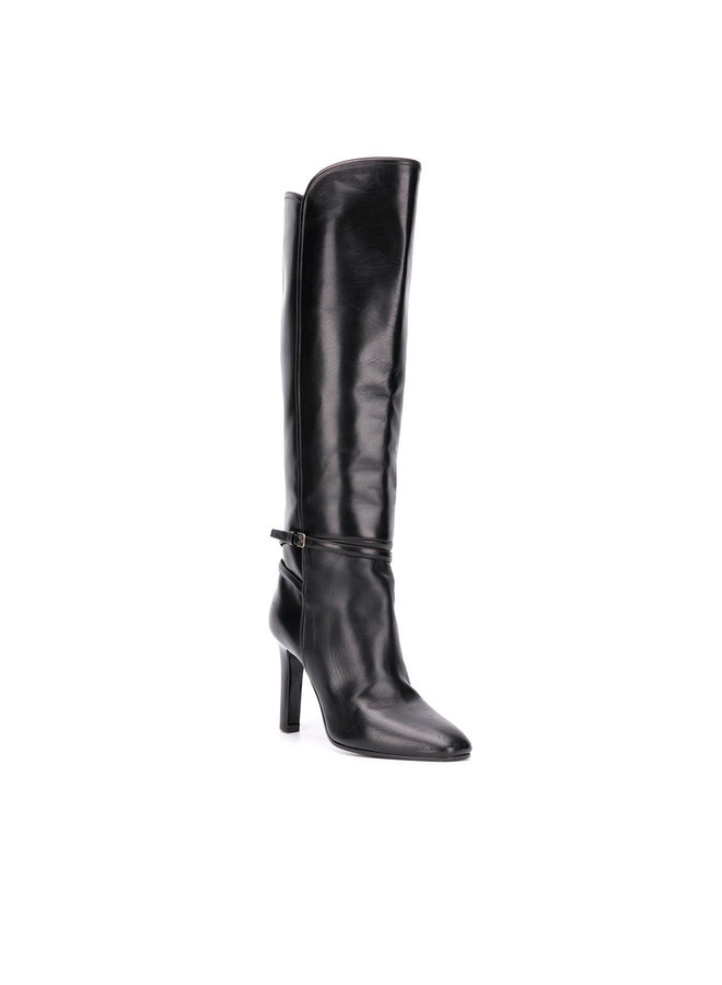 Knee-Length Boots in Leather in Black
