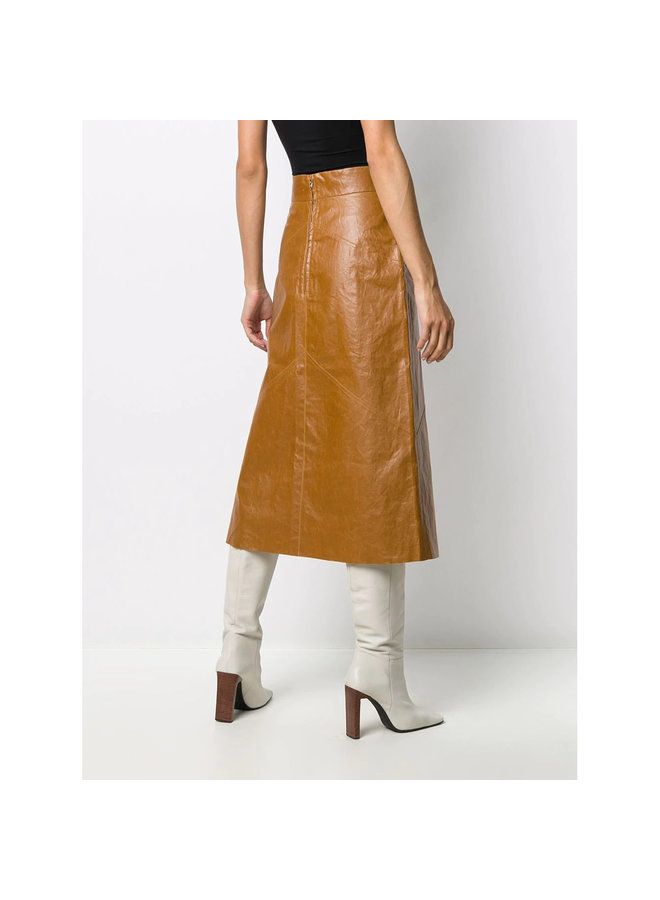 Midi Skirt in Faux Leather in Camel