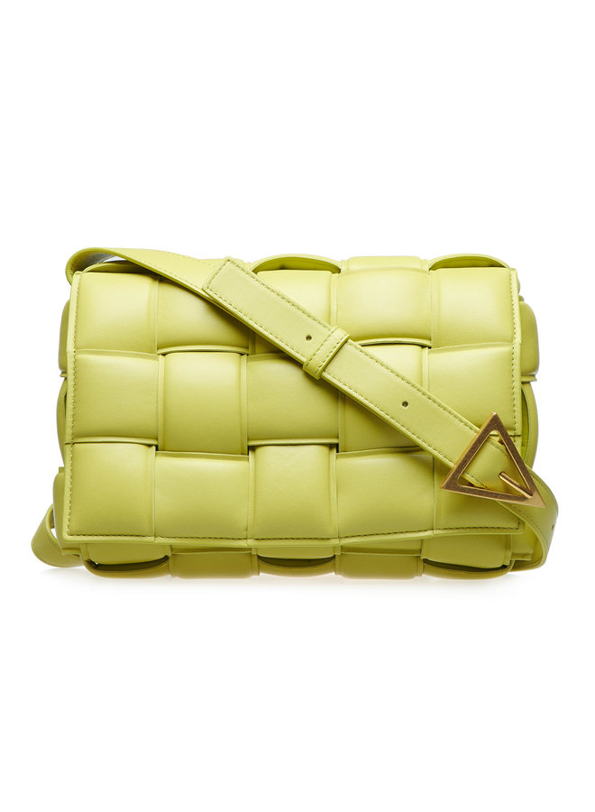 The Crossbody Padded Casette Bag in Leather in Kiwi