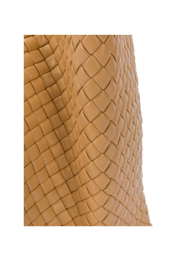 Crisscross Intrecciato Clutch Bag in Leather in Rose Beige
