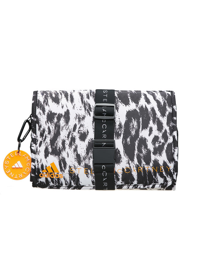 Cosmetics Bag in Printed Leopard in Black/White