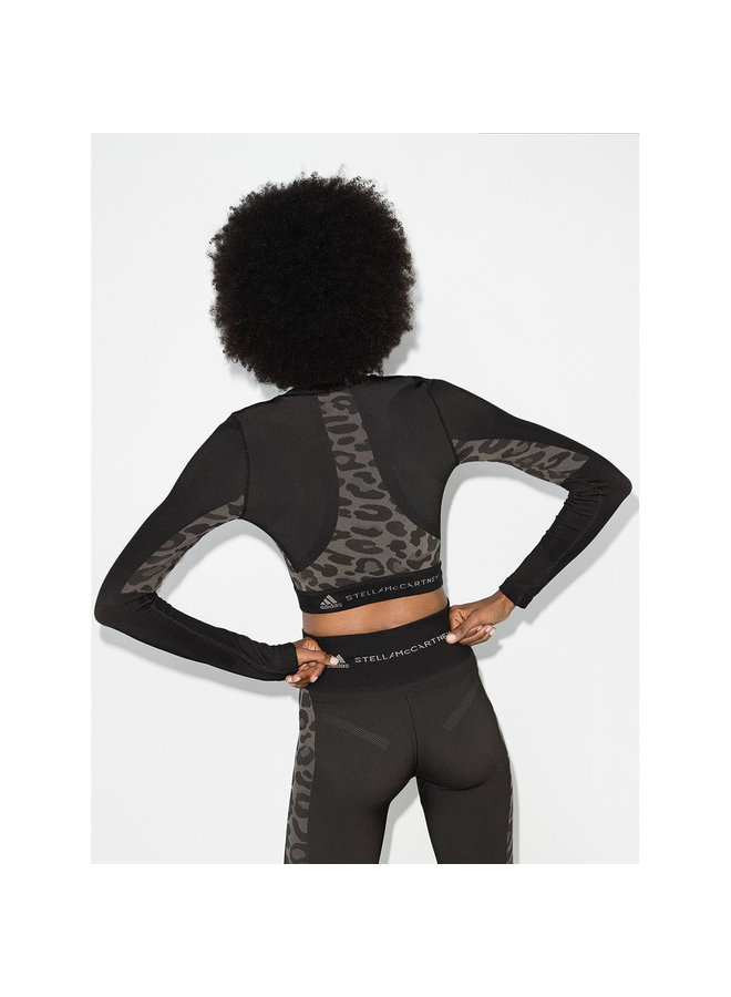 Long Sleeve Cropped Top in Leopard Print in Black/Grey