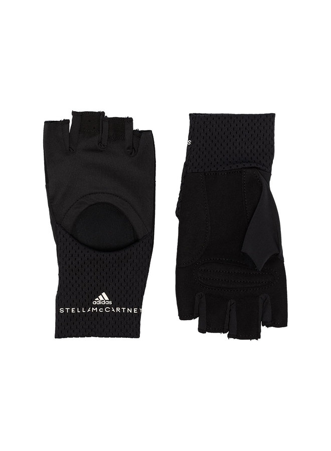 Cut Out Training Gloves in Black
