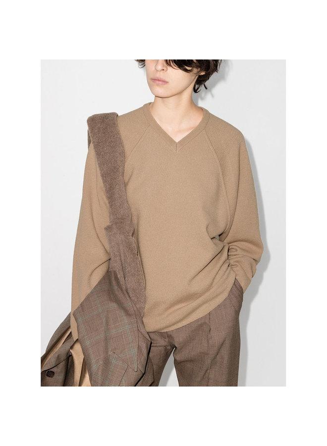 V-Neck Knitwear Jumper in Wool in Almond