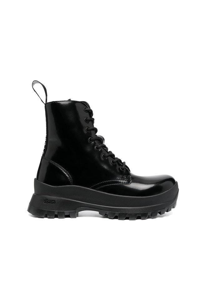 Lace Up Chunky Ankle Boots in Black