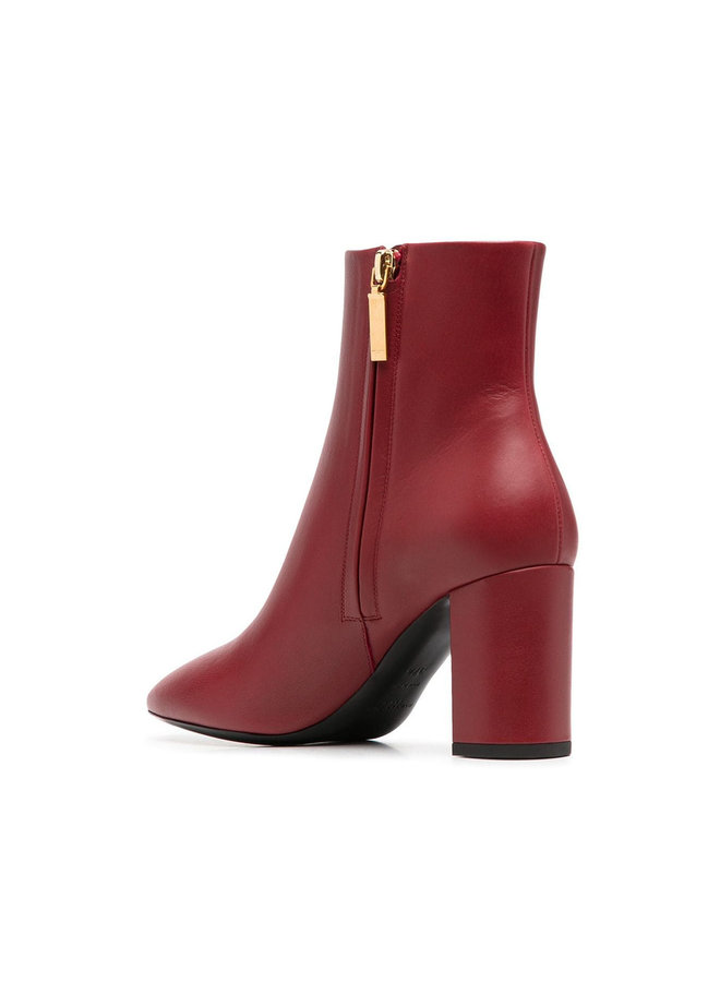 Mid Heel Ankle Boots in Leather in Opyum Red