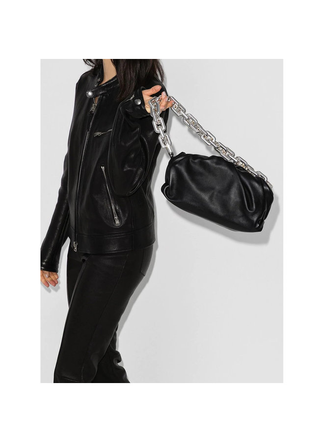 The Chain Pouch Shoulder Bag in Leather in Black/Silver