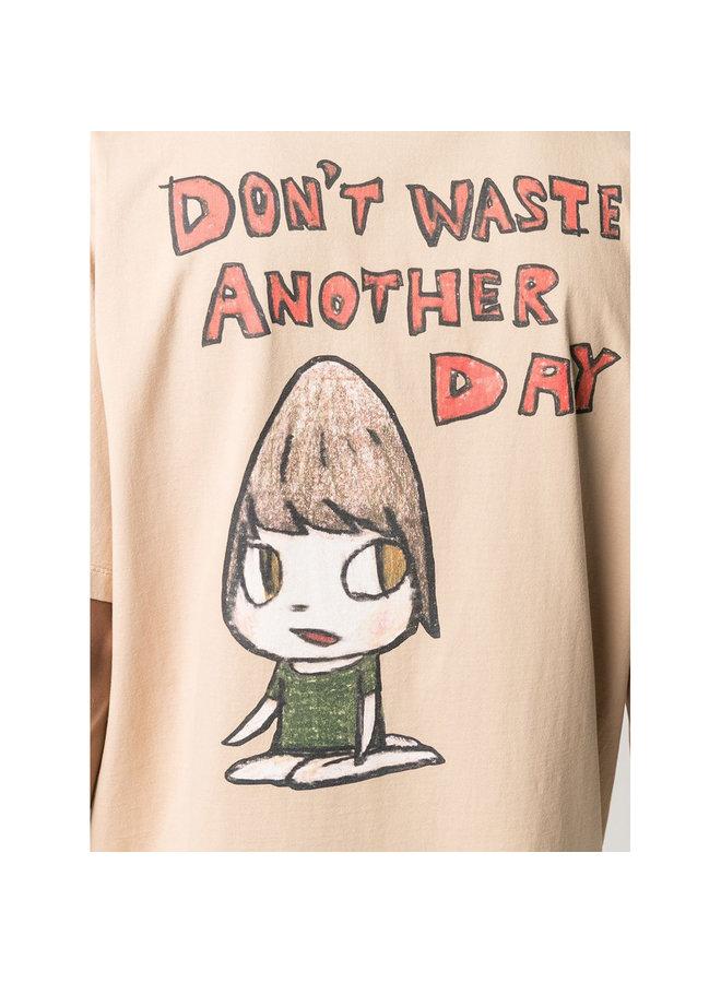 Yoshimoto Nara T-shirt in Cotton in Camel
