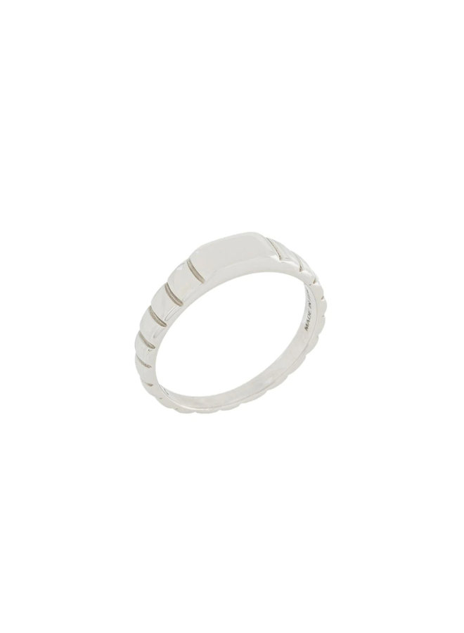 Skinny Signore Signet Ring in Silver