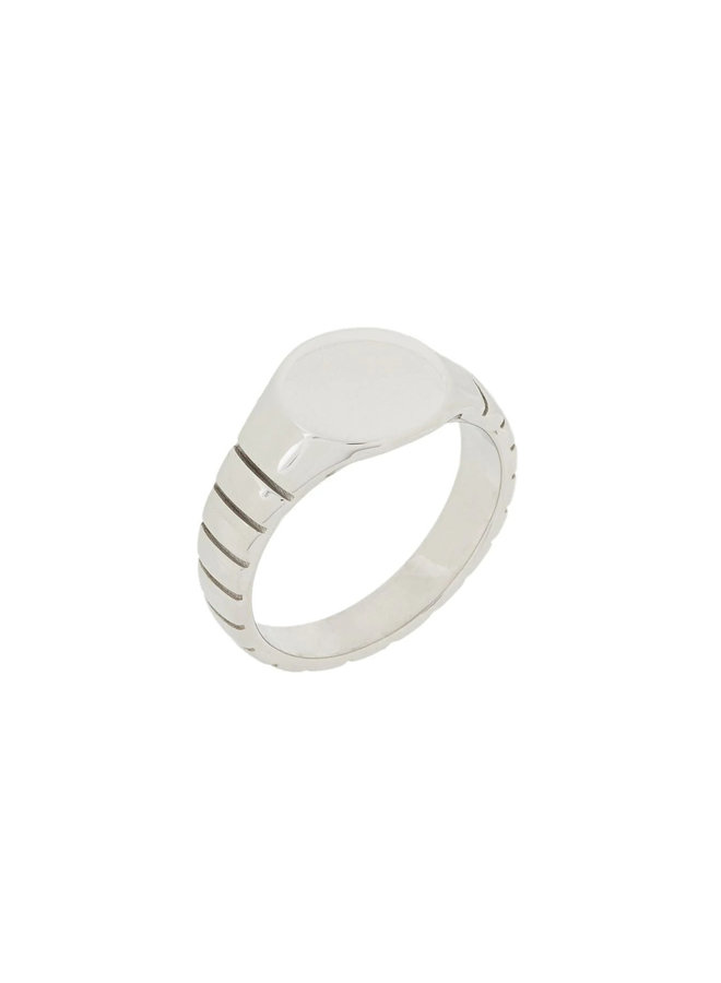 Signore Round Signet Ring in Silver
