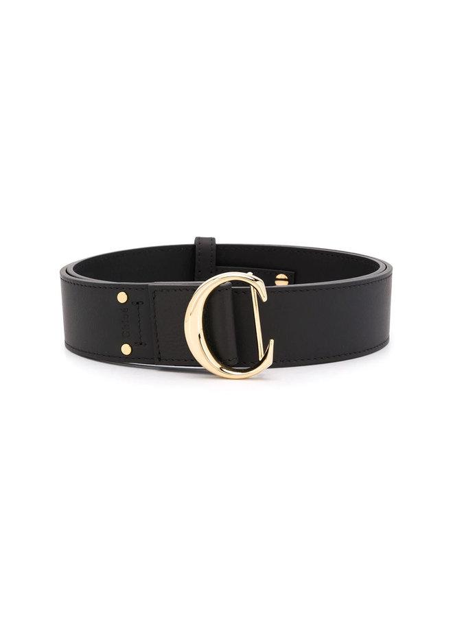 C Buckle Wide Belt in Leather in Black