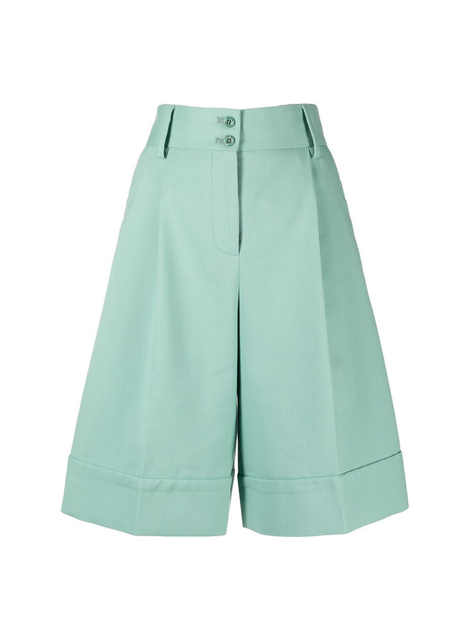 High Rise Knee Length Shorts in Green