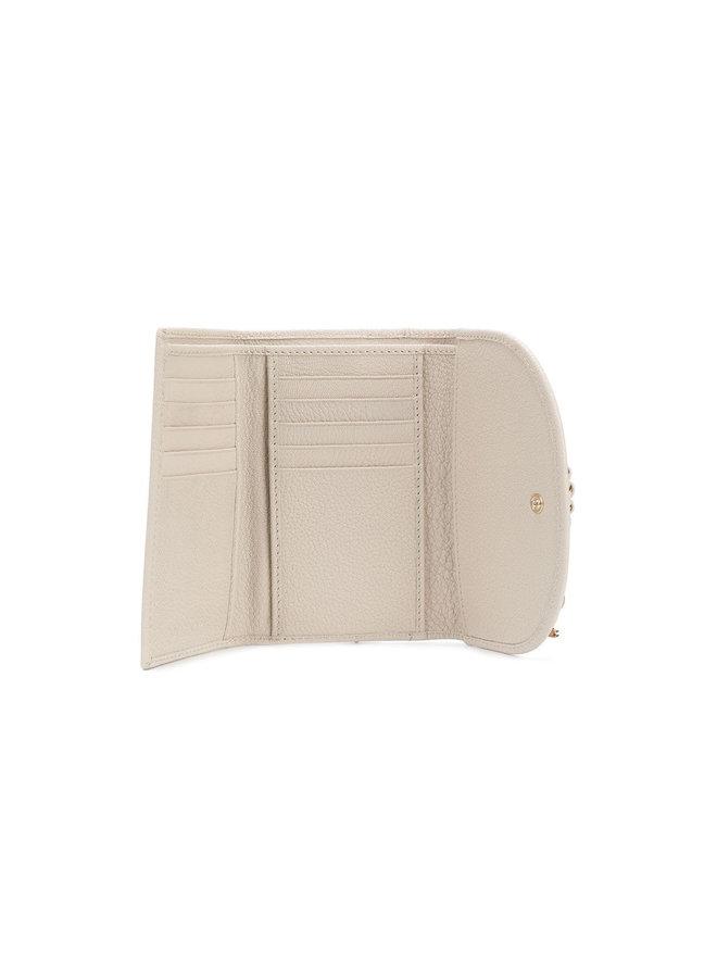 Hana Small Wallet in Leather in Cement Beige